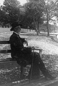 Jefferson Davis at his home c.1885